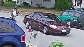 Suspect running to get away car